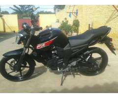 Vendo Una Moto Yamaha....nuevinga