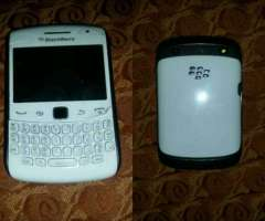 Vendo Ya Ya Blackberry 9360 Color Blanco