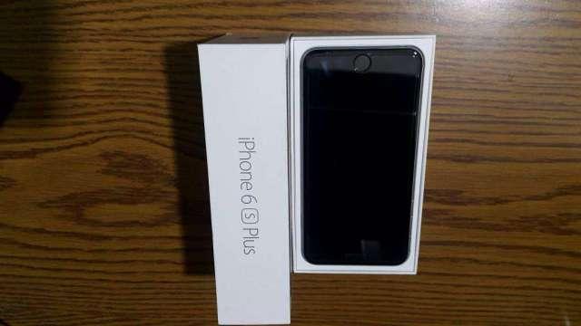 Iphone 6s plus de 128 gb con todos sus accesorios