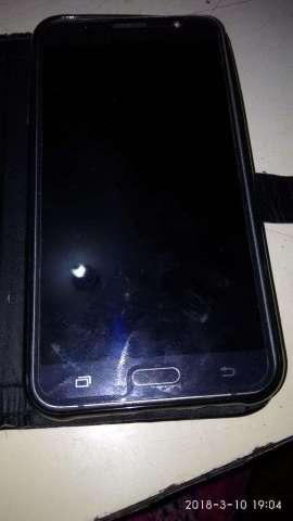 en Venta Un Samsung J7 2016 Color Negro