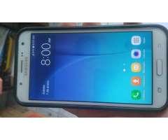 Vendo Samsung j7 cero fallas homologado LTE lo doy con su funda a 8OObs wasap 67784972