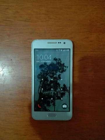 Vendo Samsung A3 Bs. 500