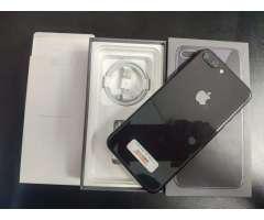 iPhone 8 Plus 64gb Black 10/10