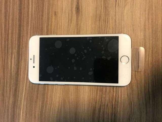IPHONE 7 DE 128 GB SILVER SEMINUEVO